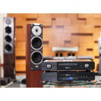 audiovector sr3 signature & roksan caspian m2